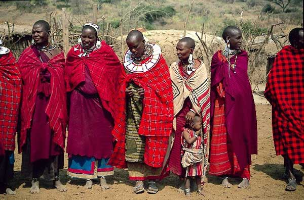 Spitting-on-the-Bride-Massai-nation-Kenya