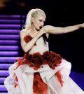 Gwen Stefani to Receive Fashion Icon Award