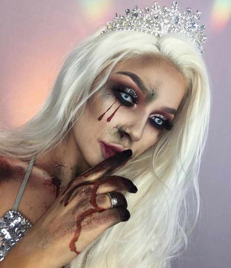 Scary Snow Queen Halloween Makeup Idea